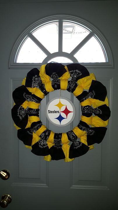 Steelers Bandana Wreath - Dreamweaver Designs