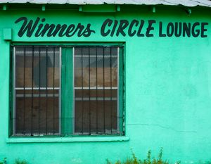 WINNERS CIRCLE LOUNGE