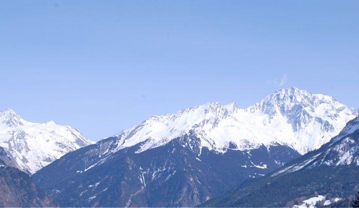 Mountains - Hellz