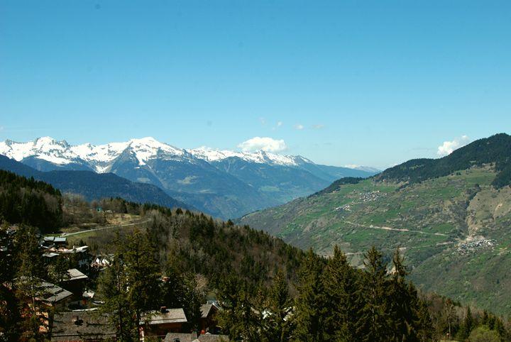 Snowy Mountains - Hellz