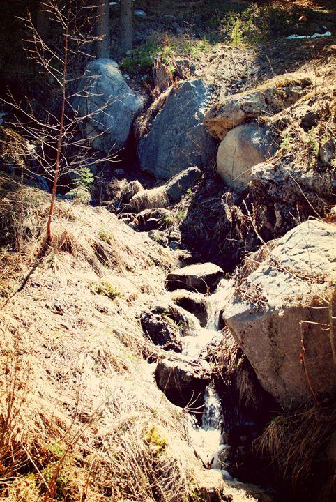 Mountain Waterfalls - Hellz
