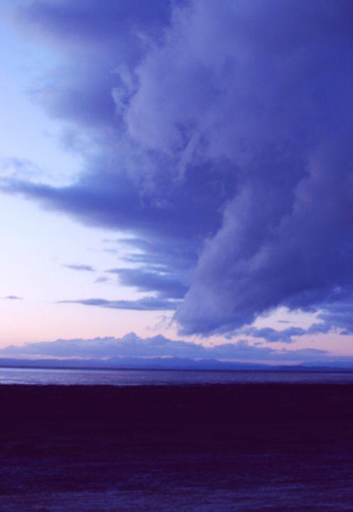 Moody Skies - Hellz