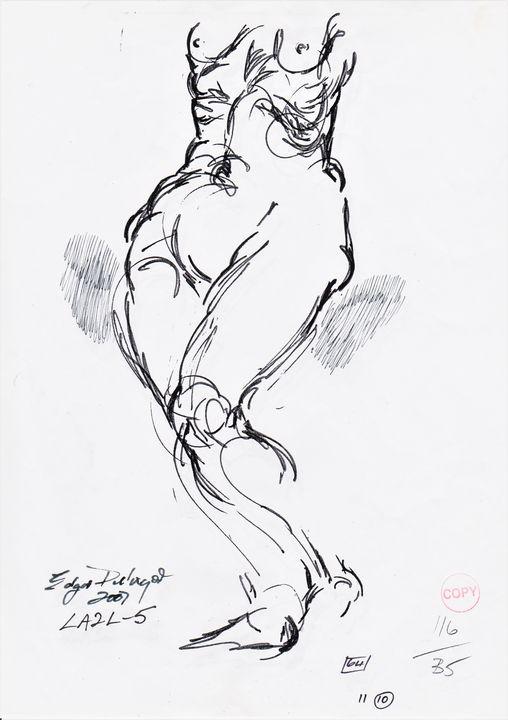 Woman turning LA2L-5 - Edgar Pillinger