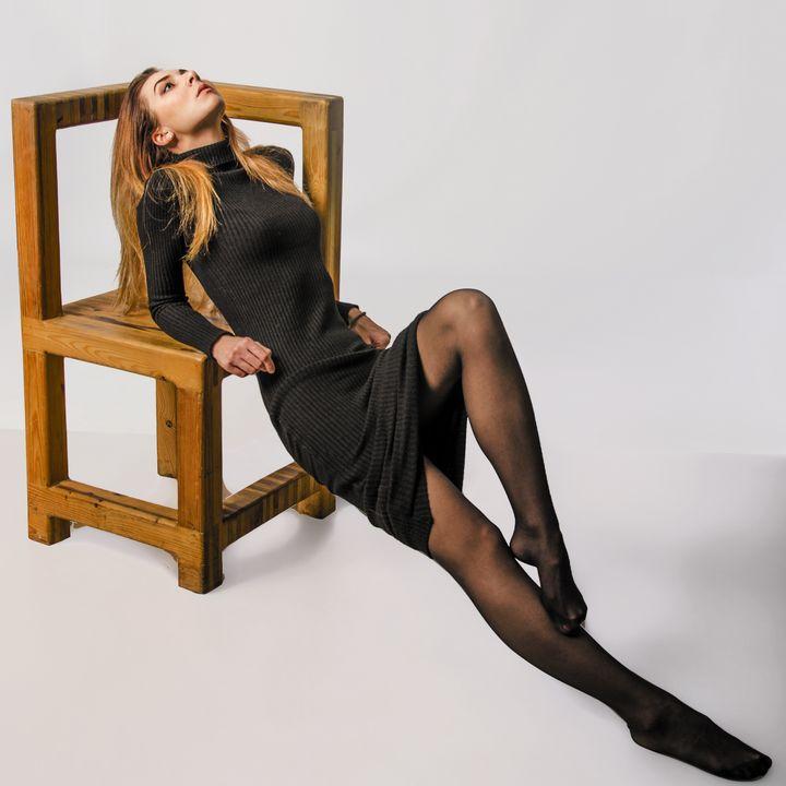 the girl on the chair - Alenenok_art