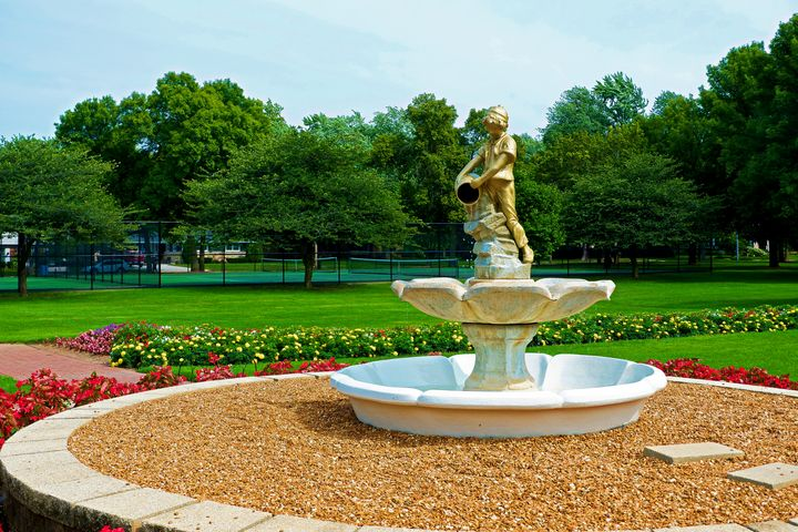 Fountain At Smith Park - Bruce Bodden