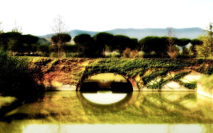 Tuscan Bridge - Chuck Redick