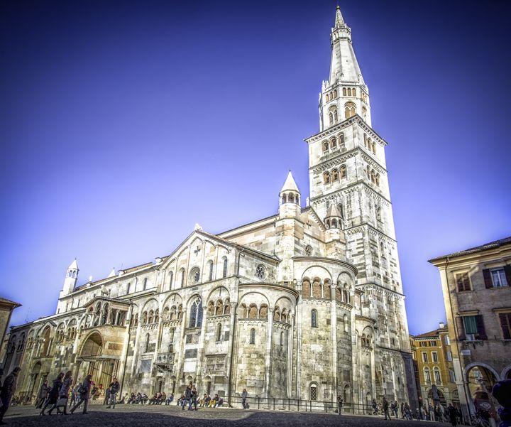 Modena Ghirlandina emilia romagna - FineArt Italia