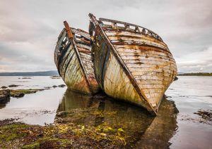 Twins shipwrecks