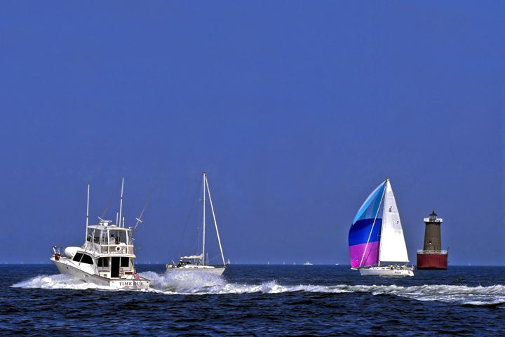 Boat Traffic - Sally Weigand Images