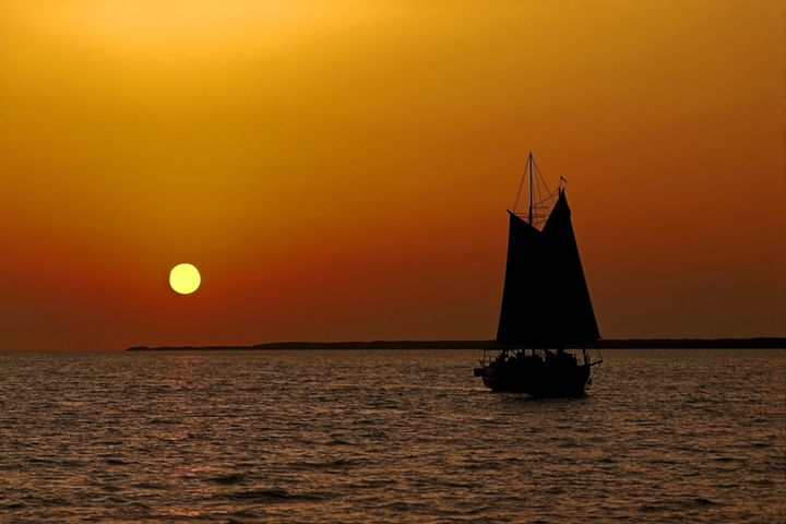 Sailing Into the Sunset - Sally Weigand Images