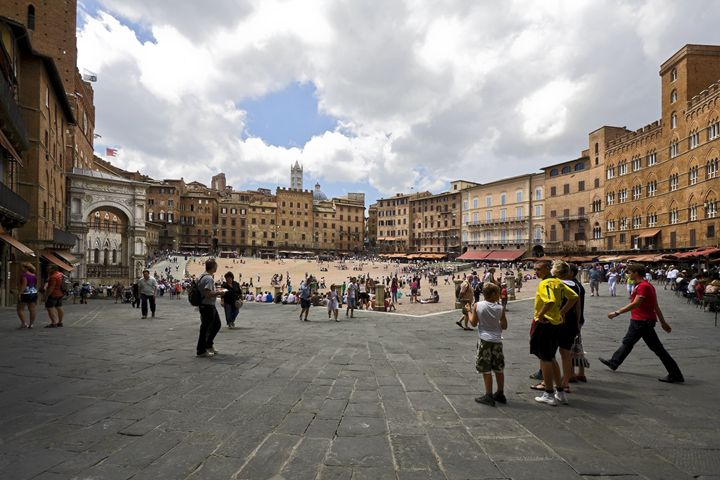 Siena Piazza del Campo - Sally Weigand Images