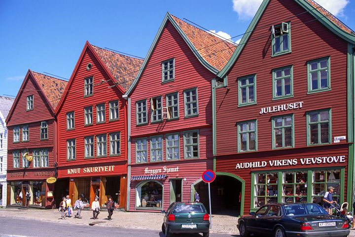 Bryggen Hanseatic Wharf - Sally Weigand Images