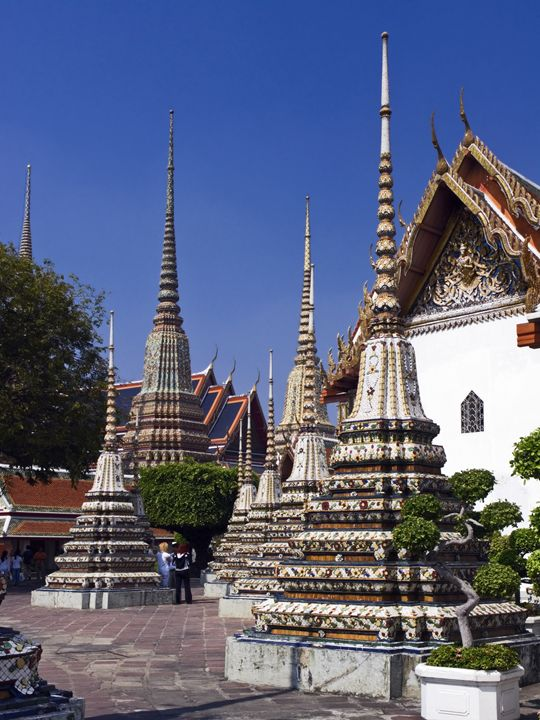Wat Pho Buddhist Temple - Sally Weigand Images