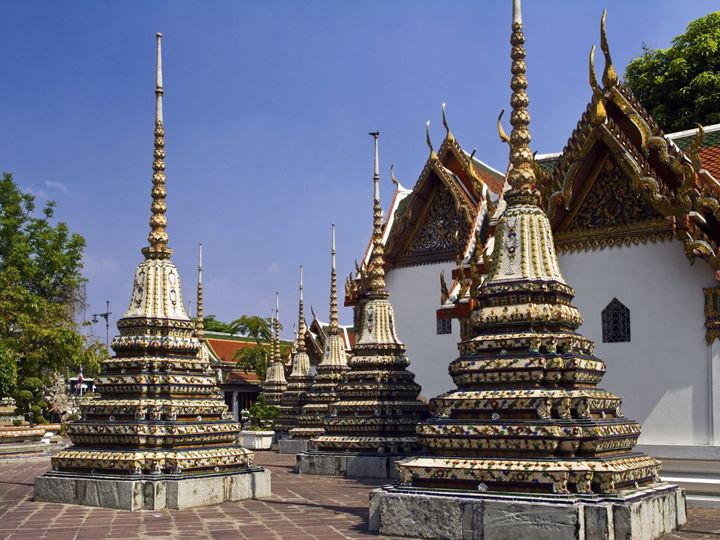 Ornate Chedi - Sally Weigand Images