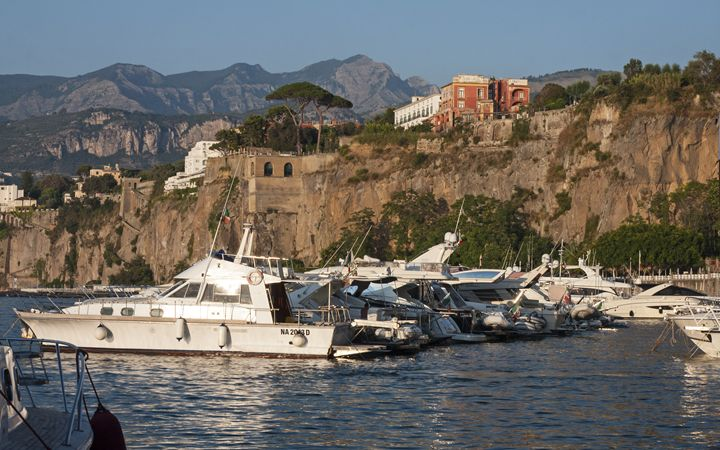 Sorrento Marina and Cliff - Sally Weigand Images