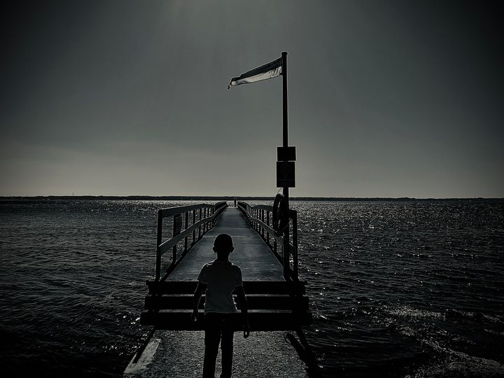 Walking over water - HenrikG Photography