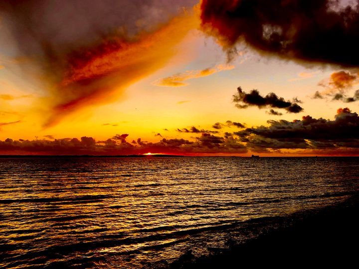 Sunset in orange - HenrikG Photography