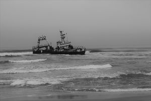 Zeila Shipwreck Black & White