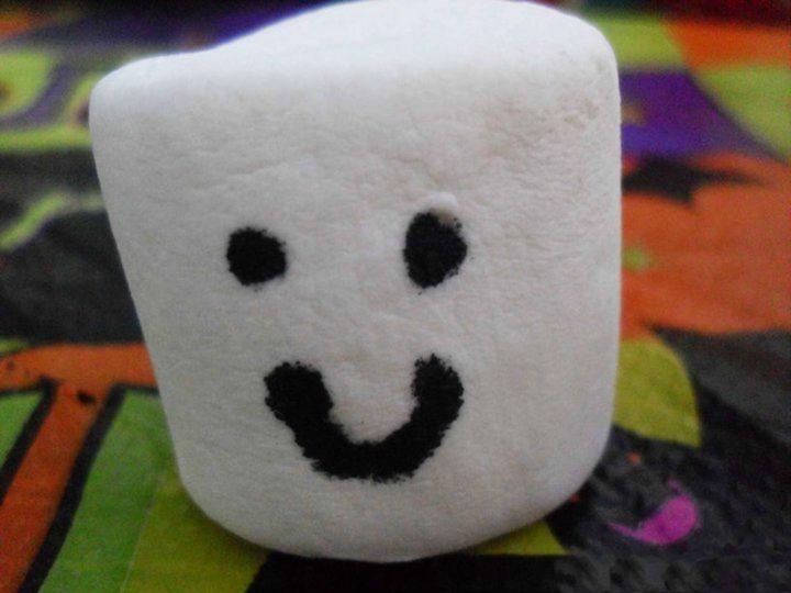 Happy Marshmallow - MarshmallowKisses