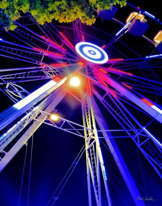 Ferris Wheel, Barcelona - Mark Goodhew Photography
