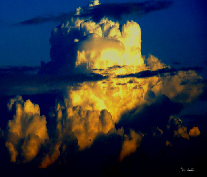 Exlpoding Clouds - Mark Goodhew Photography