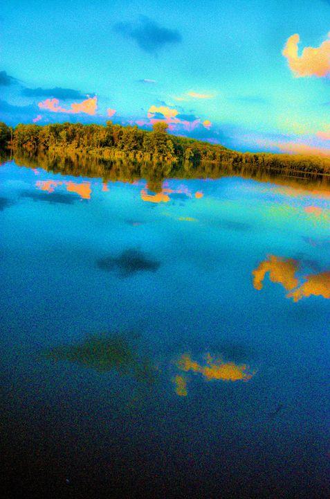 Aquamarine Lake - Mark Goodhew Photography