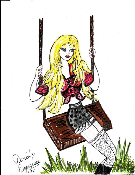beauty swinging - Daniela's Closet