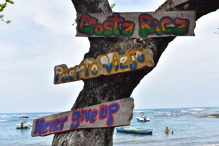 A - Costa Rica Beach Signal - Lola Bolena