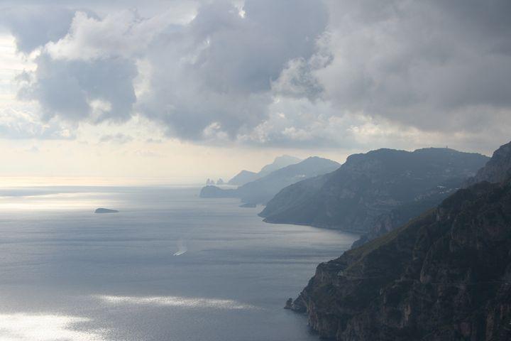 Amalfi I - Here is the world