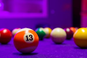 Billiard balls in a pool table - Maor Winetrob