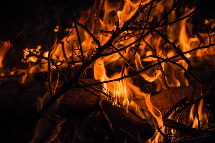 Close up of a fire with twigs - Maor Winetrob