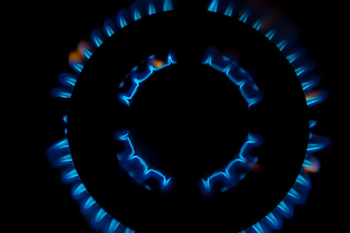 Gas burner flames - Maor Winetrob
