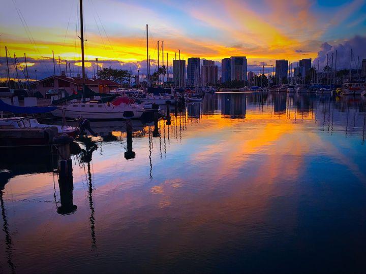 Harbor Sky In Hawaii - B_Wongo Photography