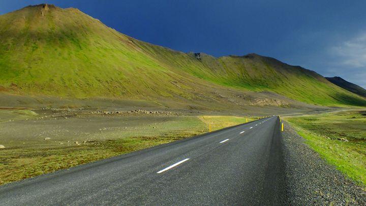 Road through nowhere - Nameless
