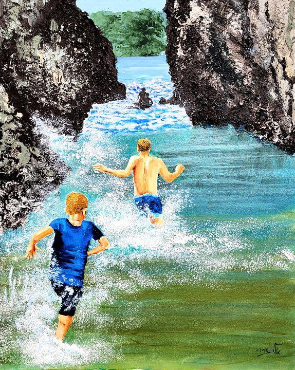 The sea plays with children, - Eli Gross Art