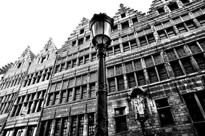 Lights in Antwerp - Melnevsky