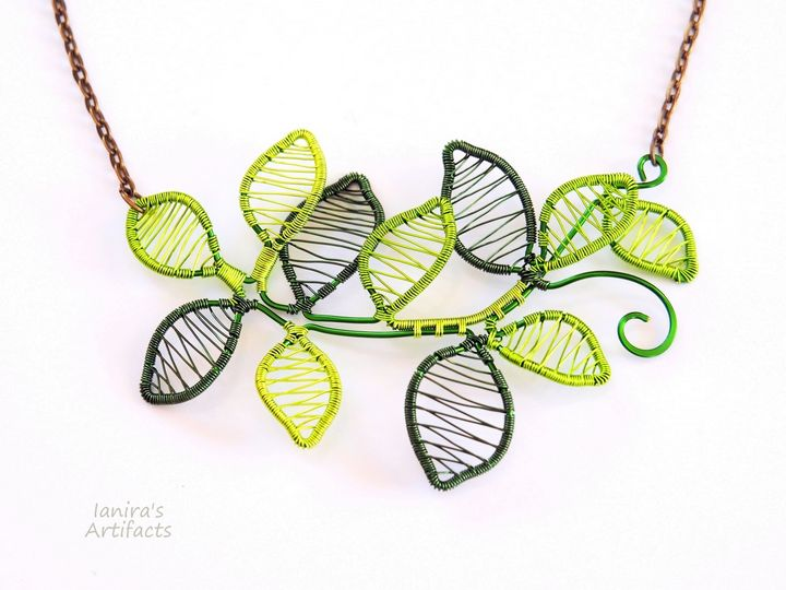 Necklace with Green Leaves - Ianira's Artifacts