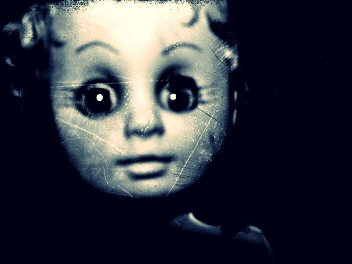 Little Haunted doll - miss multifairy
