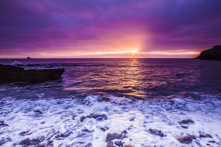 Sunrise On the Rocky Surf - HT Images