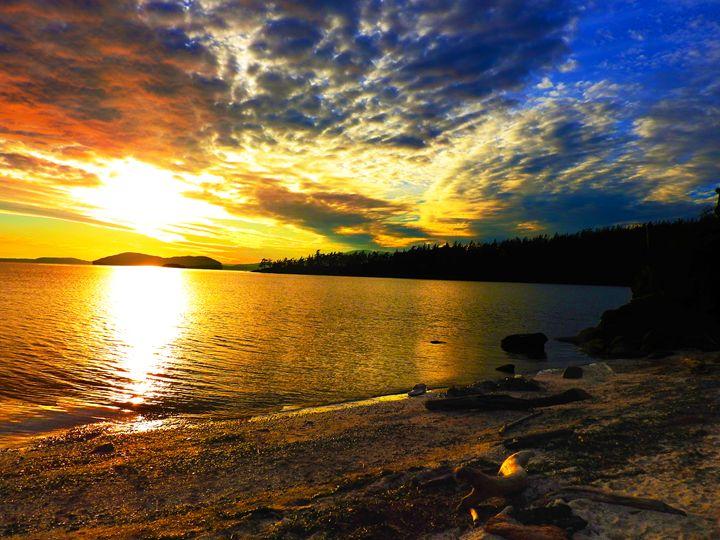 Colorful Ocean Sunset - E.L. Brooke Fine Art & Design