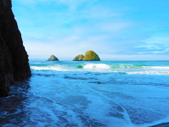Cove in Tilamook Oregon - E.L. Brooke Fine Art & Design