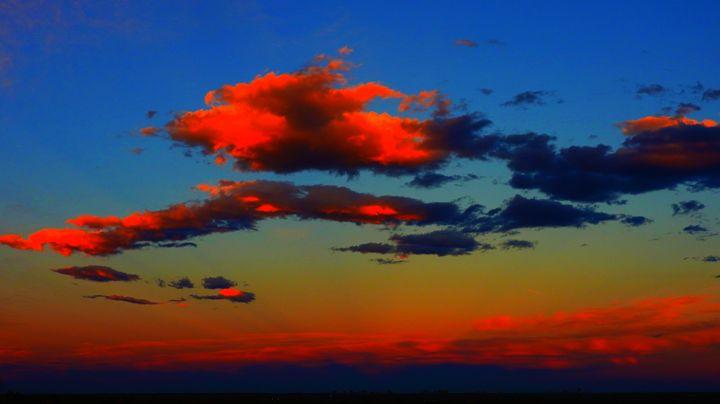 Clouds in the Sunset - E.L. Brooke Fine Art & Design