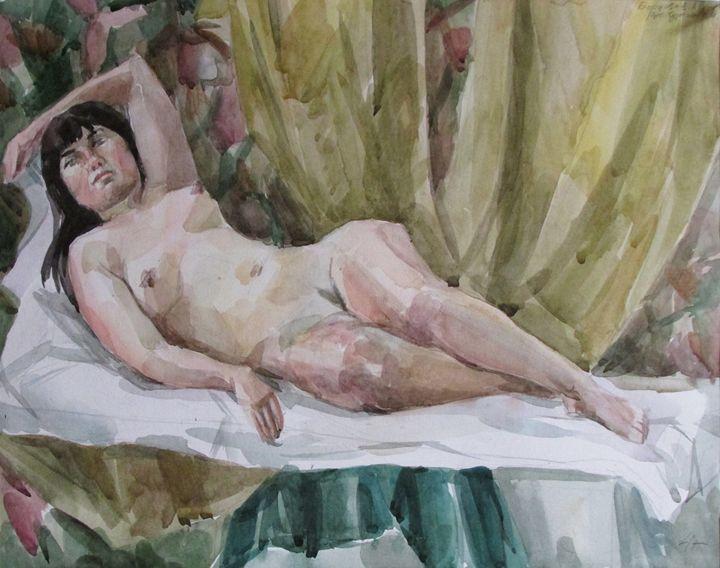 lying nude model - Kateyna Bortsova