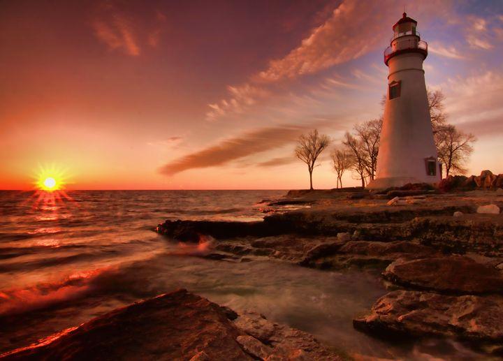 Marblehead Lighthouse Sunrise - Mndphoto