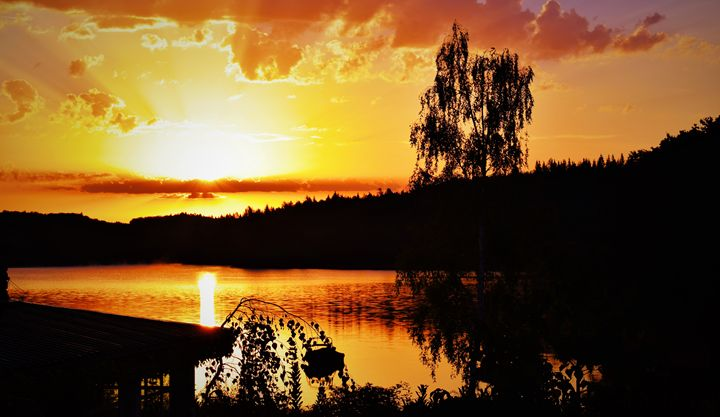 Yellow Lake Sunset - Vertical Horizontal Photography