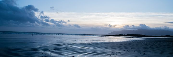 Blue sky at the beach - Vertical Horizontal Photography