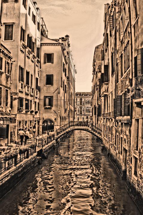Venice Canal - MattNaiden Art