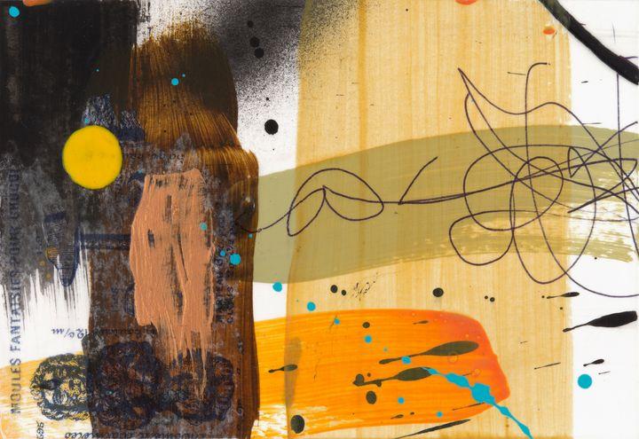 Yellow Dot Lion - Tim Diviny