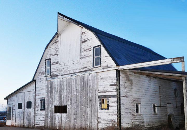 Rustic Barn - Pheobe's Photography