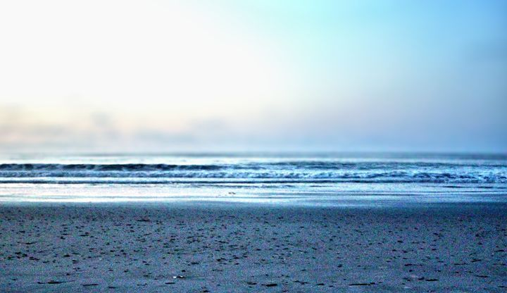 Morning at Folly Beach - Zina Cuylits